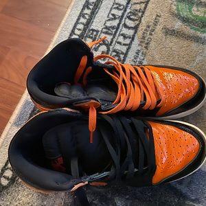 Jordan 1s orange shattered backboards